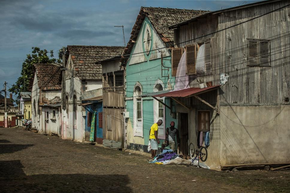 01_Sao-Tomé-Surf-2-15-JPG-95