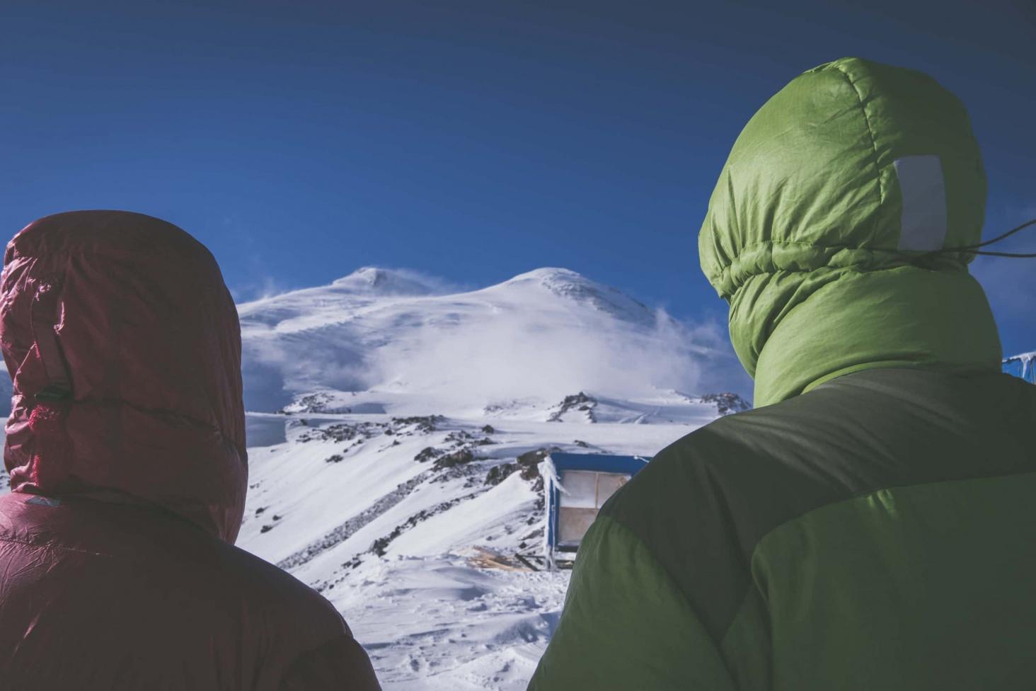 Elbrus und sein schöner Bruder Ushba Vreni vom Berg Elbrus-4