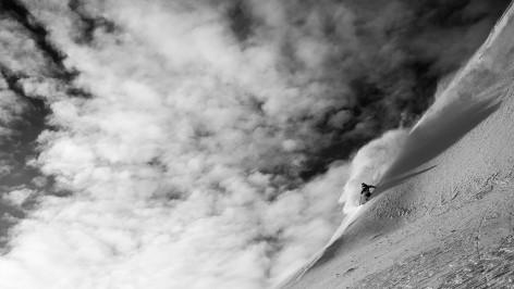 Outville_DPS_ski_photographer_1_enander