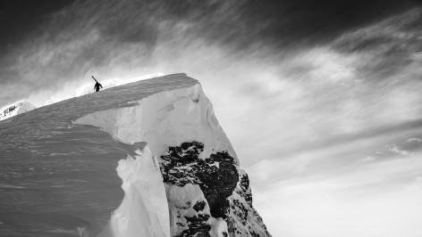 Outville_DPS_ski_photographer_2_enander